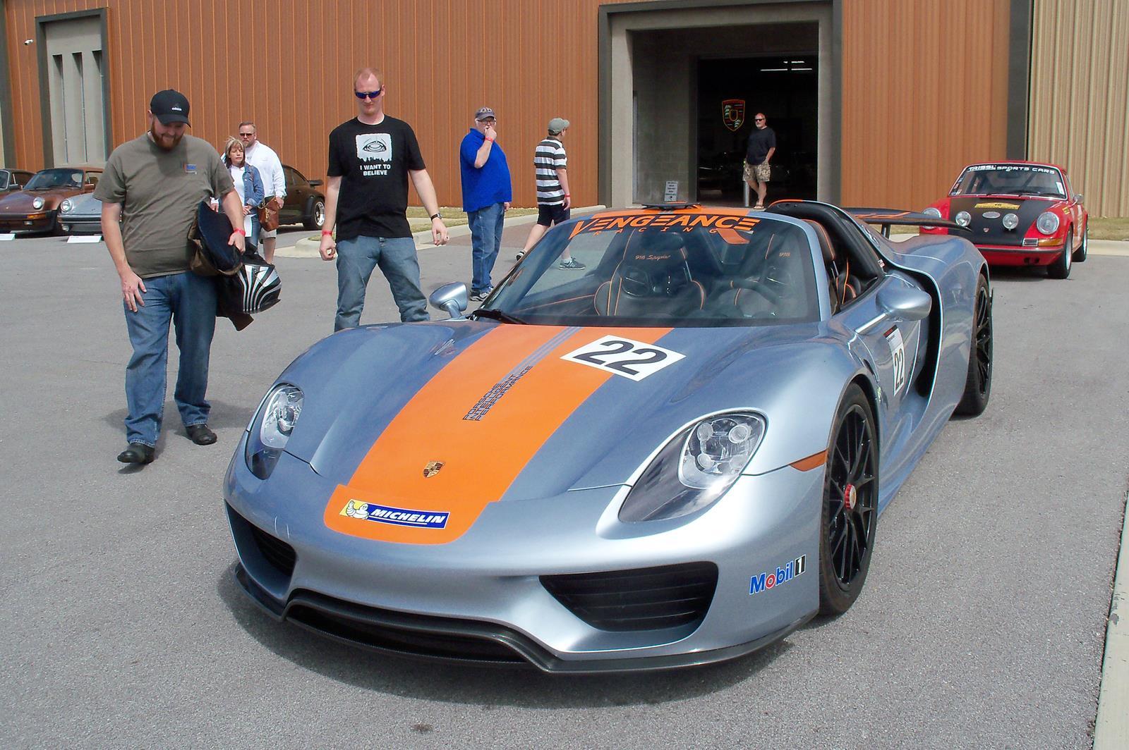 Trissl Motors 044