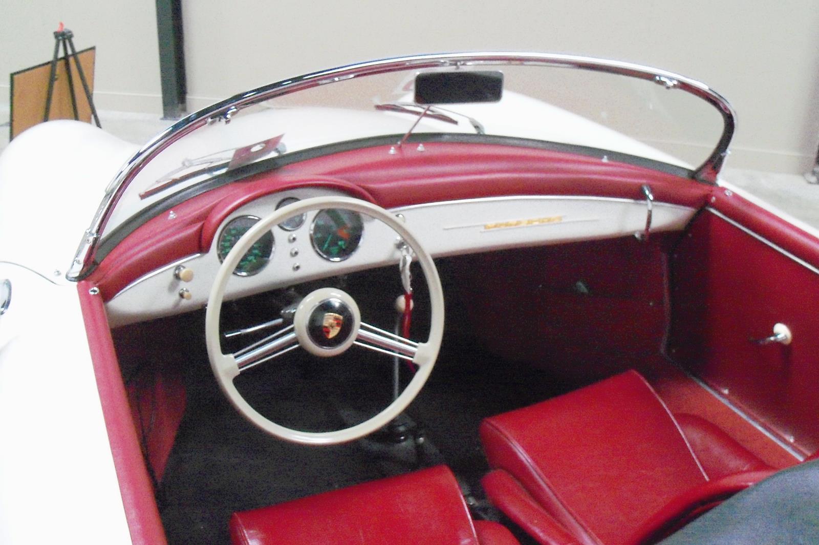 Trissl Motors 053